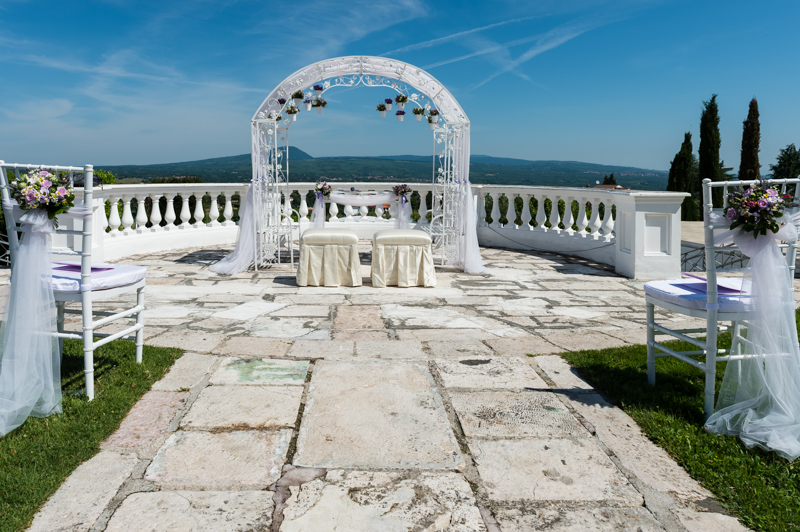 arco-decorato-Casina-di-poggio-la-rota_matrimonio-Kairos-Events (1)